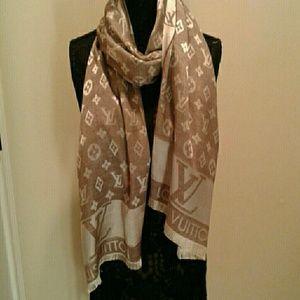Auth Louis Vuitton monogram brown silk scarf